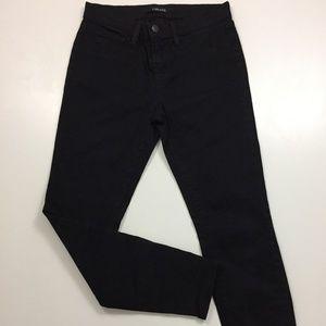 J BRAND Black Capri Length Slim Fit Skinny Jeans